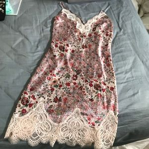 NEW VS floral Lace Night Gown S